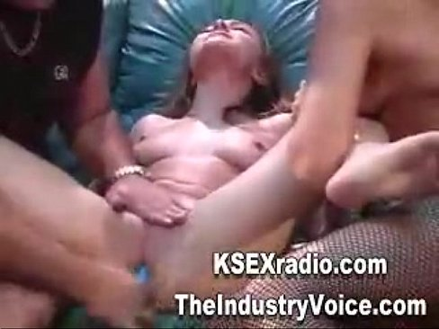 Squirting record made by Skinny Readhead
