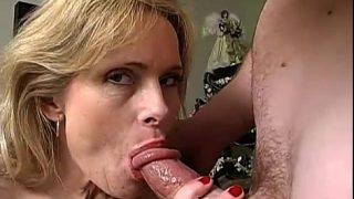 Milf Cougar Squirting in her old age
