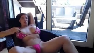 Latin Camgirl Squirting with OhmiBod